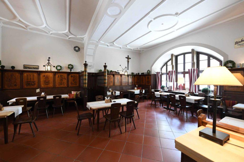 Bischofshof-am-Dom-Restaurant-Buergersaal_02